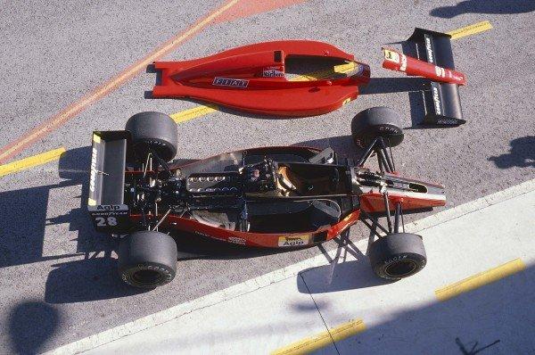 1989 Brazilian Grand Prix.Jacarepagua, Rio De Janeiro, Brazil.24-26 March 1989.A Ferrari 640 in the pit lane with its bodywork off.Ref-89 BRA 03.World Copyright - LAT Photographic