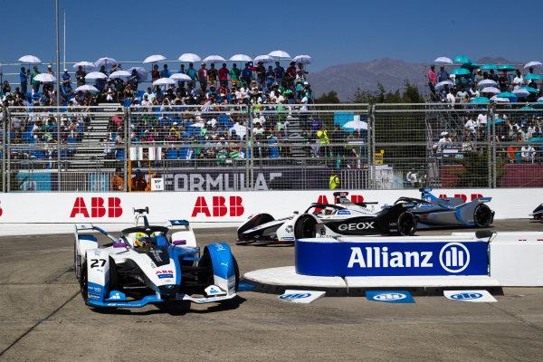 Alexander Sims (GBR) BMW I Andretti Motorsports, BMW iFE.18 leads Maximilian Günther (DEU), Dragon Racing, Penske EV-3 and Felipe Massa (BRA), Venturi Formula E, Venturi VFE05