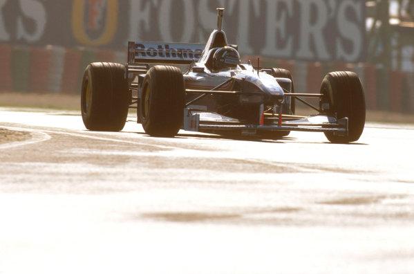 Suzuka, Japan.11-13 October 1996.Damon Hill (Williams FW18 Renault) 1st position. Ref-96 JAP 25.World Copyright - LAT Photographic
