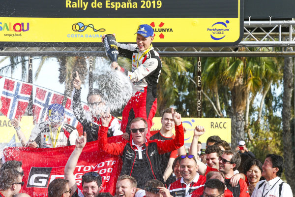 Ott Tänak (EST), tommi Makinen (FIN), Toyota Gazoo Racing WRT, Toyota Yaris WRC 2019