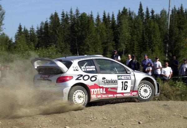 2001 World Rally Championship.Neste Rally Finland. Jyvaskyla, August 24-26, 2001.Harri Rovanpera overshoots a junction on stage 20.Photo: Ralph Hardwick/LAT