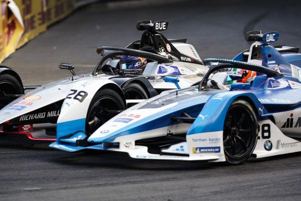 Antonio Felix da Costa (PRT), BMW I Andretti Motorsports, BMW iFE.18 passes Sébastien Buemi (CHE), Nissan e.Dams, Nissan IMO1 during attack mode