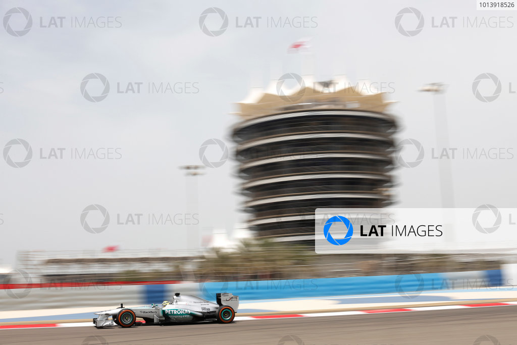 Bahrain International Circuit, Sakhir, Bahrain Friday 19th April 2013 Nico Rosberg, Mercedes W04 World Copyright: Andrew Ferraro/LAT Photographic ref: Digital Image _79P9380