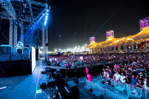Bahrain International Circuit, Sakhir, Bahrain.  Saturday 15 April 2017. DJ Steve Aoki performs at the F1 concert. World Copyright: Sam Bloxham/LAT Images ref: Digital Image _W6I1990