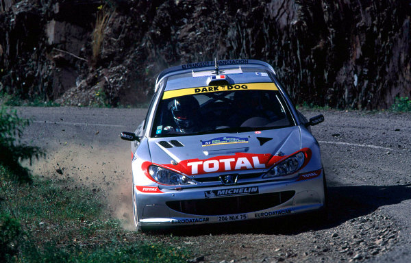 2001 World Rally Championship. Catalunya Rally, Spain. 22nd - 25th March 2001. Rd 4. Didier Auriol / D Giraudet, Peugeot 206 WRC, action. World Copyright: McKlein / LAT Photographic. Ref: A02