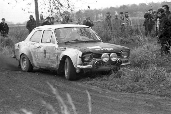 Hannu Mikkola / Mike Wood, Ford Escort Twin-cam.