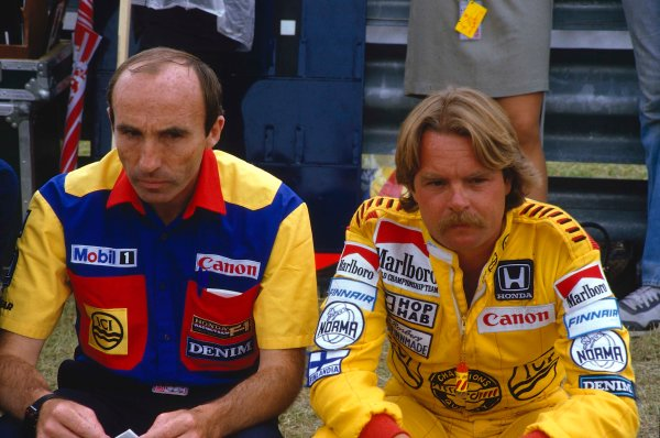 1985 European Grand Prix.Brands Hatch, England.4-6 October 1985.Williams team boss Frank Williams with his driver Keke Rosberg.Ref-85 EUR 03.World Copyright - LAT Photographic