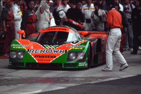Le Mans, France. 22 - 23 June 1991. Volker Weidler/Johnny Herbert/Bertrand Gachot (Mazda 787B), 1st position, action. World Copyright: LAT Photographic.