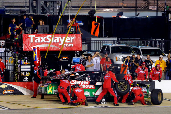 10-11 September, 2015, Richmond, Virginia USA Regan Smith pit stop ?2015, Russell LaBounty LAT Photo USA