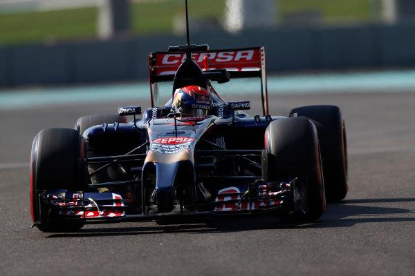 Yas Marina Circuit, Abu Dhabi, United Arab Emirates. Wednesday 26 November 2014. Max Verstappen, Toro Rosso STR9 Renault.  World Copyright: Sam Bloxham/LAT Photographic. ref: Digital Image _SBL8845