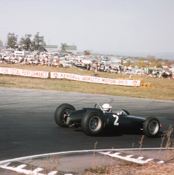Watkins Glen, New York, USA.4-6 October 1963.Richie Ginther (BRM P57) 2nd position.Ref-3/1090.World Copyright - LAT Photographic