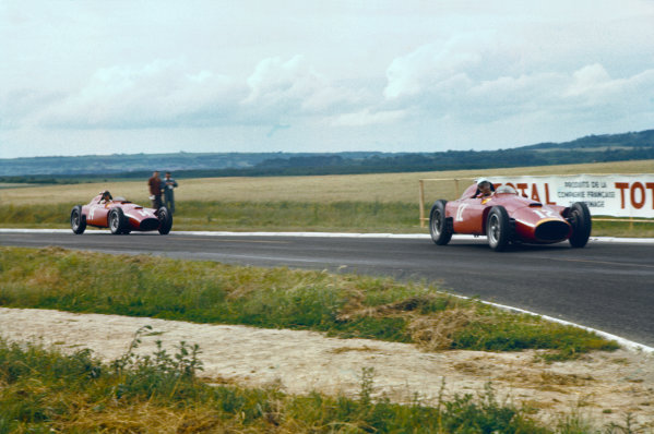 Reims, France. 29/6-1/7 1956. Eugenio Castellotti leads Peter Collins (both Lancia-Ferrari D50). They finished in 2nd and 1st positions respectively. Ref-56 FRA 02. World Copyright - LAT Photographic