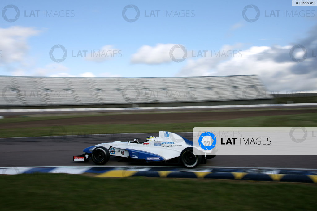 Rockingham, Northamptonshire. 17th - 18th September 2011.Daniel Cammish (GBR) Mark Burdett Motorsport Formula Renault.World Copyright: Ebrey/LAT Photographic.