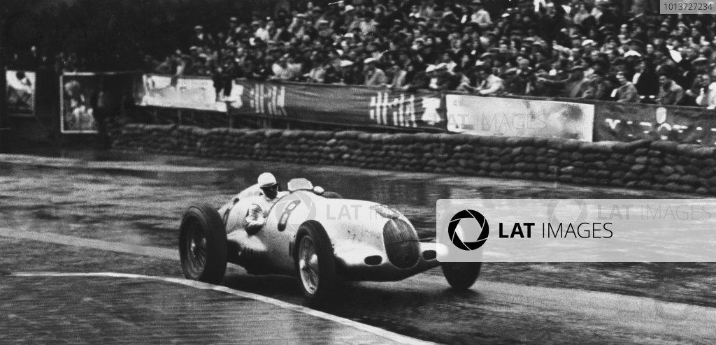 1936 Monaco Grand Prix.Monte Carlo, Monaco. 13th April 1936.Rudolf Caracciola, Mercedes-Benz W25, 1st position, action.Ref: S66/2567World Copyright: LAT Photographic.