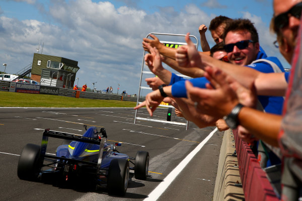 2016 BRDC F3 Championship, Snetterton, Norfolk. 6th - 7th August 2016. Nikita Mazepin (RUS) Carlin BRDC F3. World Copyright: Ebrey / LAT Photographic.