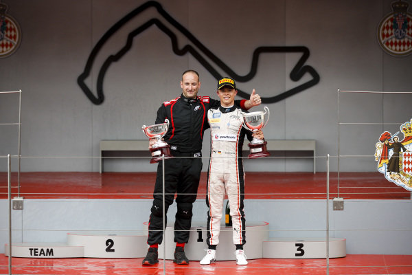 Race Winner Nyck De Vries (NLD, ART GRAND PRIX) celebrates on the podium with the trophy