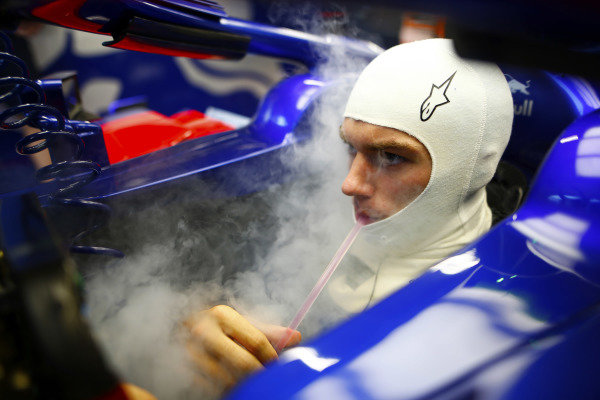 Dry ice fills the cockpit of Pierre Gasly, Toro Rosso.
