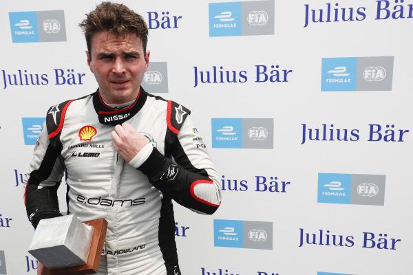 Oliver Rowland (GBR), Nissan e.Dams,  secures pole position