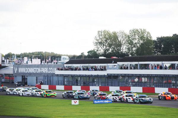 Start - Aston Millar - R Racing Ginetta Junior