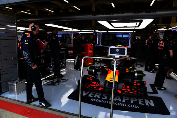 Adrian Newey (GBR) Red Bull Racing watches Max Verstappen (NED) Red Bull Racing RB12 in the garage at Formula One World Championship, Rd10, British Grand Prix, Qualifying, Silverstone, England, Saturday 9 July 2016.