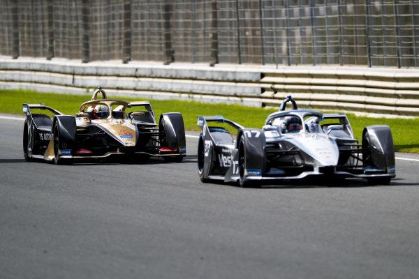 Nyck de Vries (NLD), Mercedes Benz EQ, EQ Silver Arrow 01 leads Antonio Felix da Costa (PRT), DS Techeetah, DS E-Tense FE20
