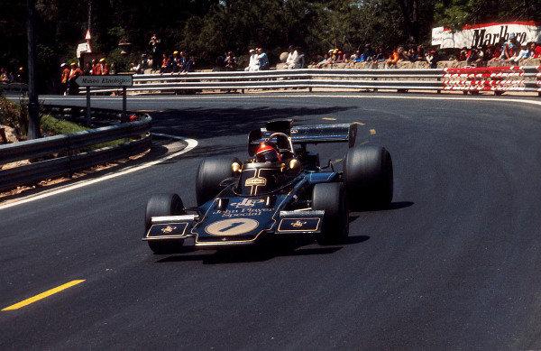 1973 Spanish Grand Prix.Monjuich Park, Barcelona, Spain.27-29 April 1973.Emerson Fittipaldi (Lotus 72E Ford) 1st position.Ref-73 ESP 04.World Copyright - LAT Photographic