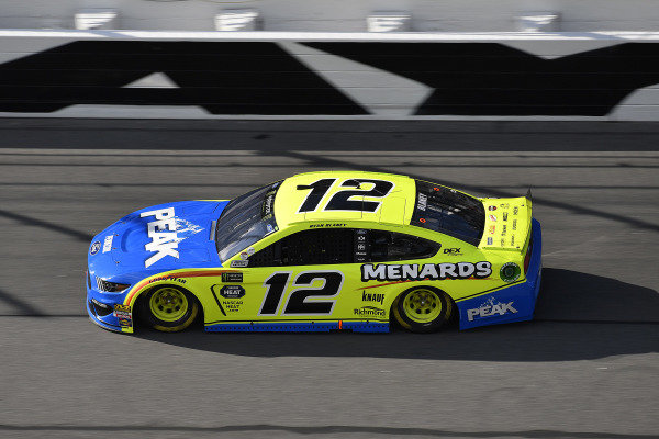 #12: Ryan Blaney, Team Penske, Ford Mustang Menards/Peak