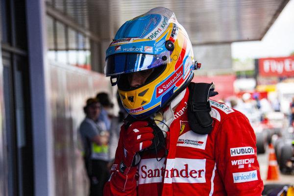 Fernando Alonso in Parc Ferme.