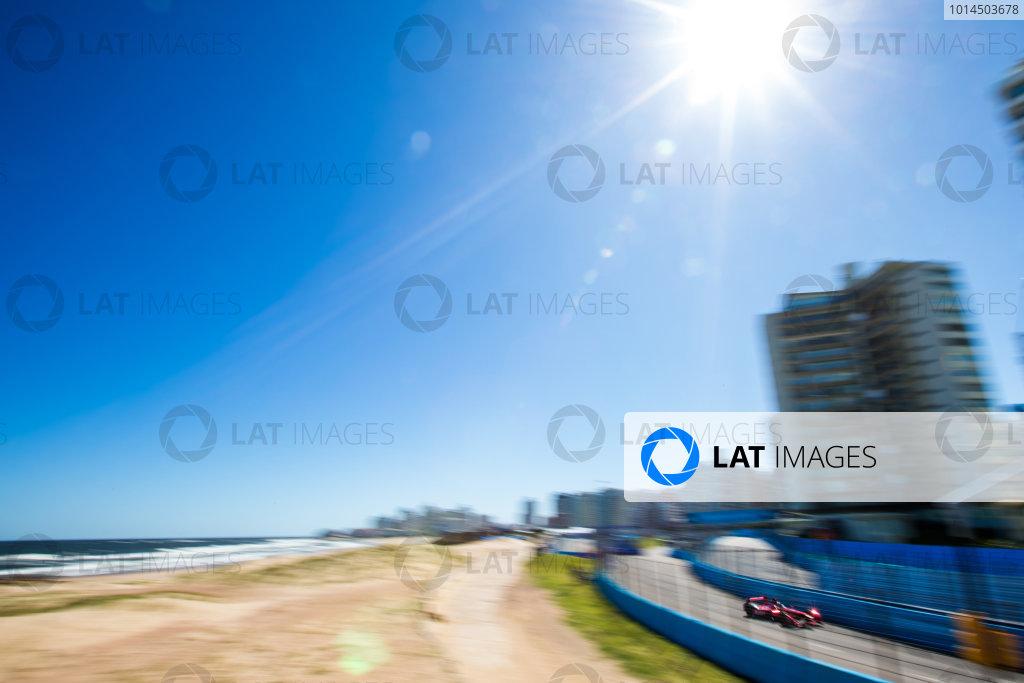 Testing - Punta Del Este, Uruguay