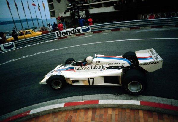 1977 Monaco Grand Prix.Monte Carlo, Monaco.20-22 May 1977.Alan Jones (Shadow DN8A Ford) 6th position.World Copyright - LAT Photographic
