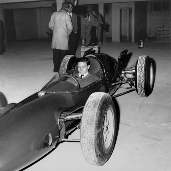 Hethel, Norfolk, England.Jim Clark sits in the new Lotus 29 Ford V8, ready for the Indianapolis 500, portrait. World Copyright: LAT Photographic.Ref:  17801.