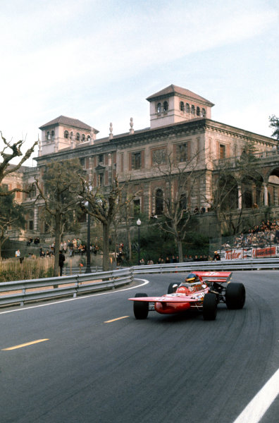 Montjuich Park, Barcelona, Spain. 16-18 April 1971.Ronnie Peterson (March 711-Ford), retired, action. World Copyright: LAT Photographic.Ref:  71ESP