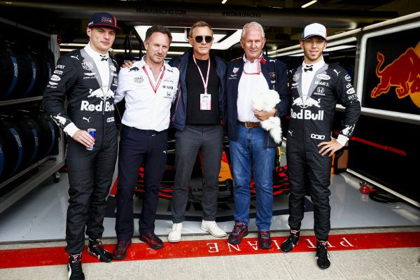 Max Verstappen, Red Bull Racing, Christian Horner, Team Principal, Red Bull Racing, Daniel Craig, Actor, Helmut Markko, Consultant, Red Bull Racing and Pierre Gasly, Red Bull Racing