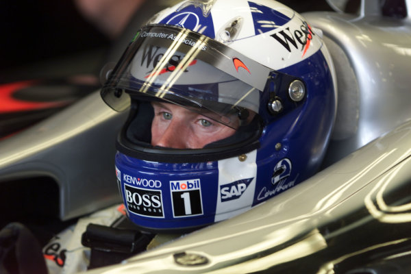 2001 Spanish Grand PrixCatalunya, Barcelona, Spain. 27-29 April 2001.David Coulthard (McLaren Mercedes) 5th position.World Copyright - LAT Photographicref: 8 9 MB Digital File
