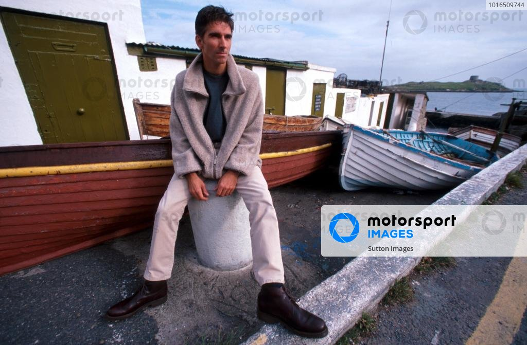 Damon Hill (GBR) relaxes at the harbour near his home in Ireland.Home Feature, Dublin, Eire, 12 October 1998.
