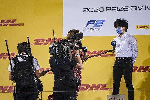 Natalie Pinkham, Sky TV speaks to F2 championship 3rd place Yuki Tsunoda (JPN, CARLIN) on the podium