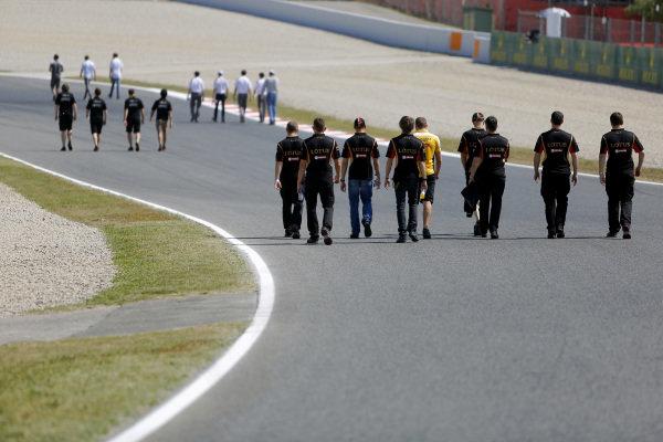 Track walk. Formula One World Championship, Rd5, Spanish Grand Prix, Preparations, Barcelona, Spain, Thursday 8 May 2014.