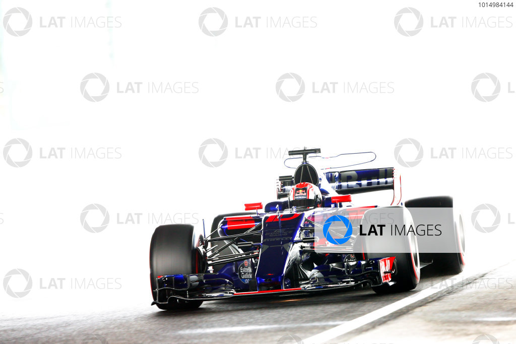 Suzuka Circuit, Japan. Saturday 07 October 2017. Pierre Gasly, Toro Rosso STR12 Renault. World Copyright: Andy Hone/LAT Images  ref: Digital Image _ONZ2731