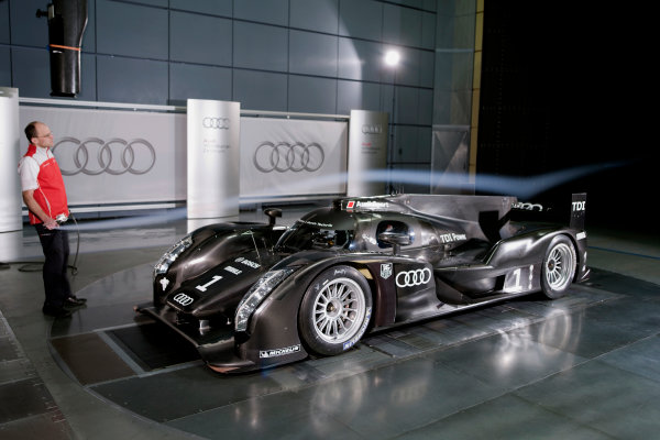 Ingolstadt, Germany.10th December 2010Audi launch their new sportscar for Le Mans.Copyright Free and Mandatory Credit: Audi Communications Motorsportref: audir18