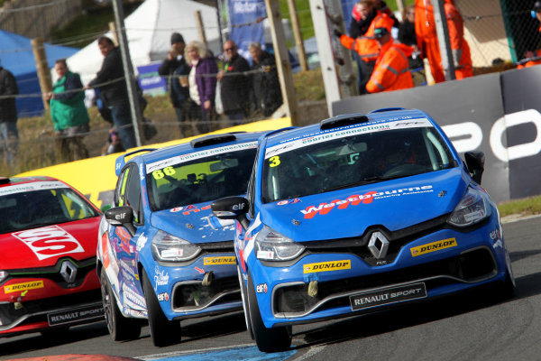 2014 Renault Clio Cup, Knockhill, Scotland. 22nd - 24th August 2014. James Colburn (GBR) Westbourne Motorsport Renault Clio Cup. World Copyright: Ebrey / LAT Photographic.