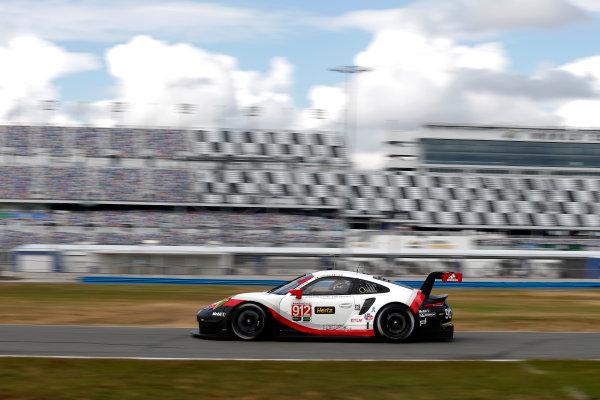 2017 WeatherTech Sportscar Championship December Daytona Testing Tuesday 5 December 2017 #912 Porsche Team North America Porsche 911 RSR: Patrick Pilet, Laurens Vanthoor  World Copyright: Alexander Trienitz/LAT Photographic ref: Digital Image 2017-IMSA-Test-Dayt-AT2-0173