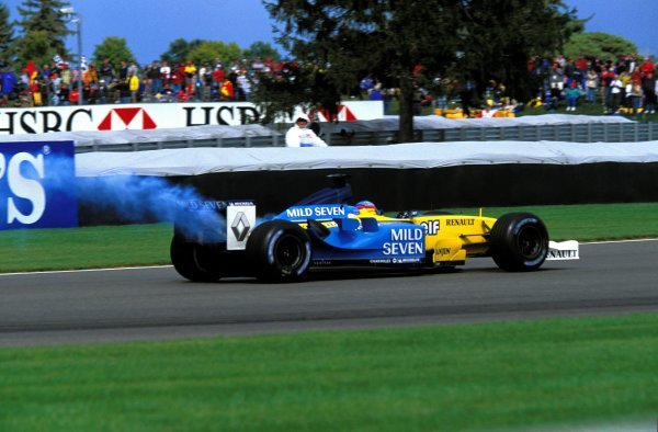 Fernando Alonso (ESP) lost the engine in his Renault R23 and retired on lap 45. United States Grand Prix, Rd15, Indianapolis Motor Speedway, Indianapolis, USA. 28 September 2003. BEST IMAGE