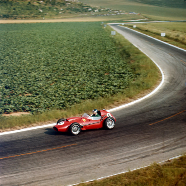 1958 French Grand Prix Reims, France 4-6 July 1958 Mike Hawthorn (Ferrari Dino 246) 1st position Ref-3/0095 World Copyright - LAT Photographic