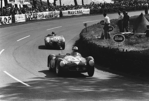 Le Mans, France. 11th - 12th June 1955 Carlo Tomasi/Francesco Giardini (Maserati 200S), retired, leads Jacques Pollet/Nano da Silva Ramos (Gordini T20S), retired, action. World Copyright: LAT Photographic Ref: 301 - 8.