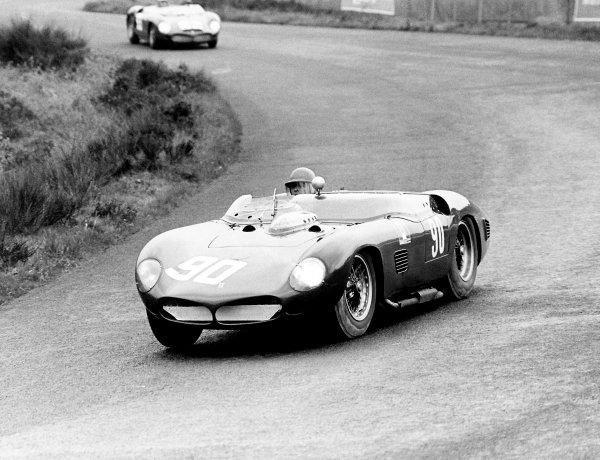Nurburgring, Germany. 27th May 1962. Rd 7. Carlo Mario Abate/ Nino Vaccarella/Maurice Trintignant (Ferrari 250 Testa Rossa 61), retired. World Copyright: LAT Photographic. Ref: Autocar Glass Plate C65979.