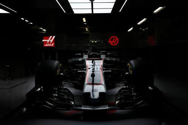Suzuka Circuit, Japan. Thursday 5 October 2017. The Haas VF-17 Ferrari of Kevin Mgnussen. World Copyright: Andrew Hone/LAT Images  ref: Digital Image _ONY6674