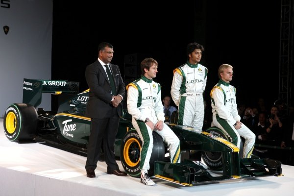 The new Lotus T127 with Tony Fernandes (MAL), Heikki Kovalainen (FIN), Fairuz Fauzy (MAL) Lotus F1 Racing test driver and Jarno Trulli (ITA) Lotus.