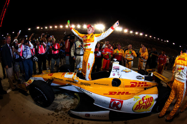 """12-15  September 2012, Fontana, California, USAChampion Ryan Hunter-Reay celebrates(c) 2012, Eric Gilbert, Motorsport com EDITORIAL USAGE ONLY - NO ADVERTISING WITHOUT SPECIAL PERMISSION FROM LAT USA.  MANDATORY CREDIT - """"LAT USA/Eric Gilbert/Motorsport comLAT Photo USA"""