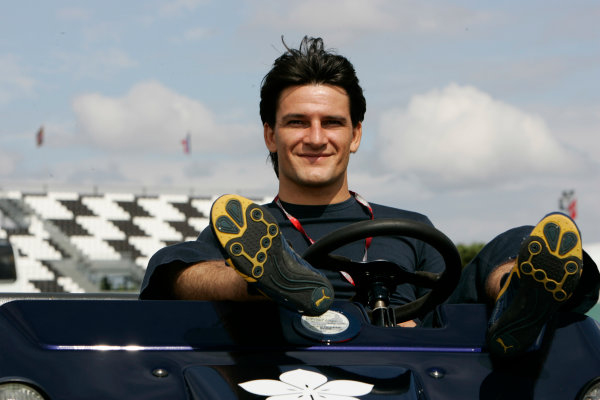 2005 GP2 Series - FranceCircuit Nevers Magny-Cours, France 1st - 3rd July 2005Friday PracticeGiorgio Pantano (I, Super Nova International). Portrait. World Copyright: GP2 Series Media Service ref: Digital Image Only