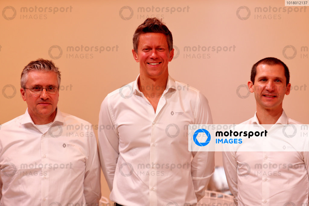 L-R: Pat Fry, Renault F1 Team Technical Director (Chassis); Marcin Budkowski, Renault F1 Team Executive Director; Remi Taffin, Renault Sport F1 Engine Technical Director. Copyright: James Moy/XPB/Renault F1